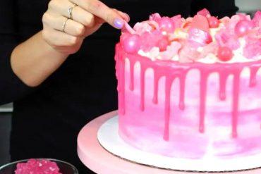 Pink Drip Cake 1